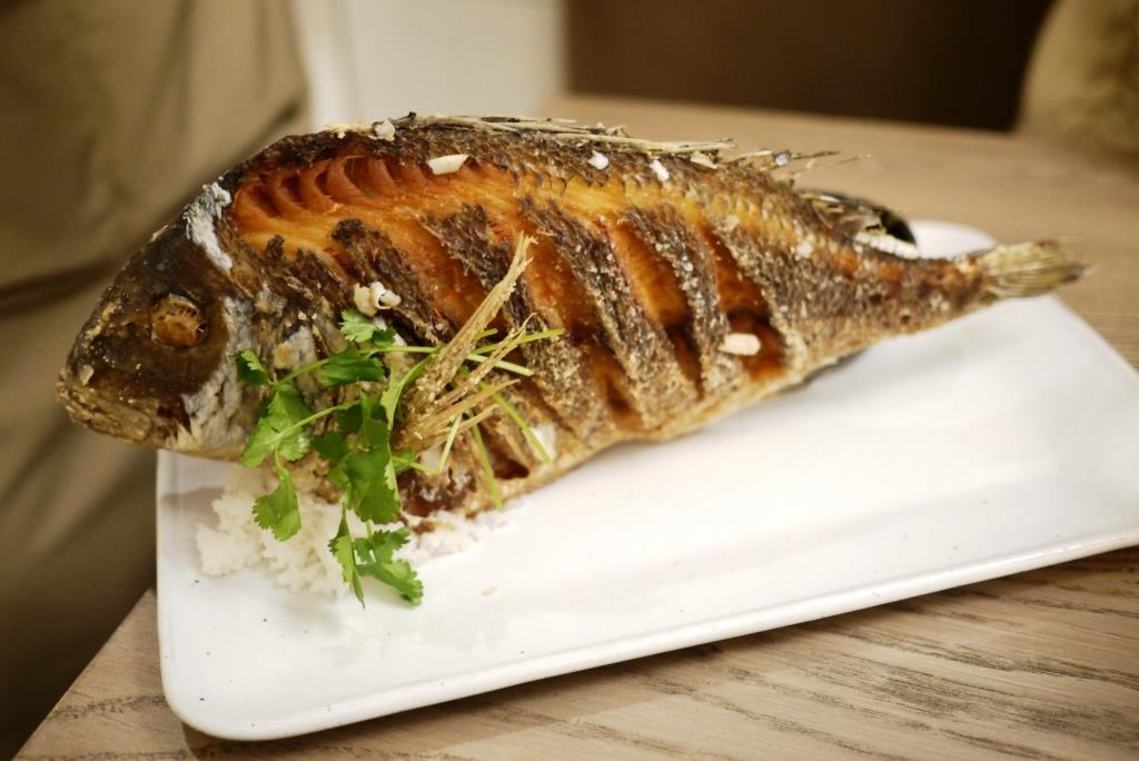 Doi Moi crispy whole fried fish