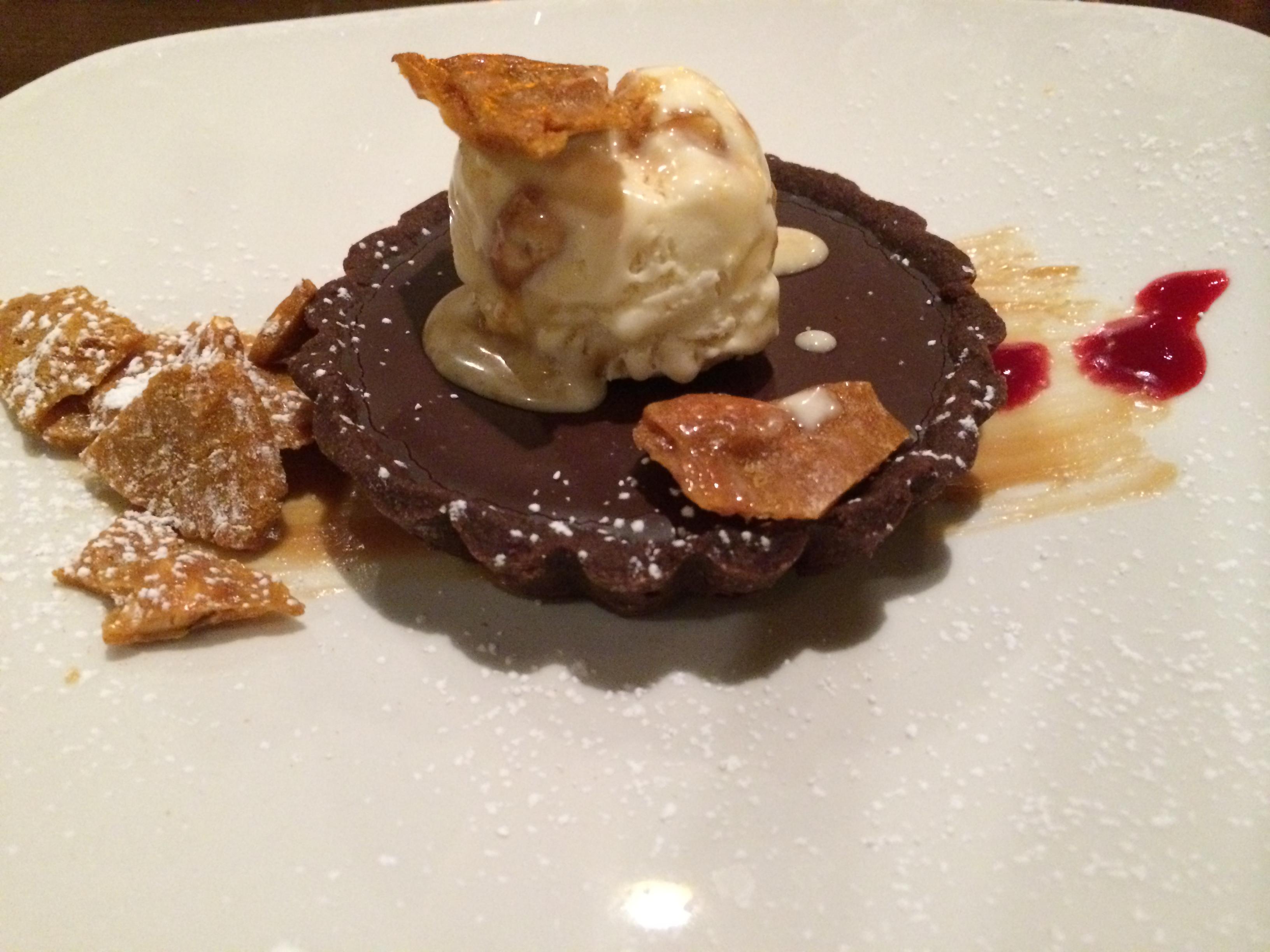 8407 Kitchen Bar peanut butter tart