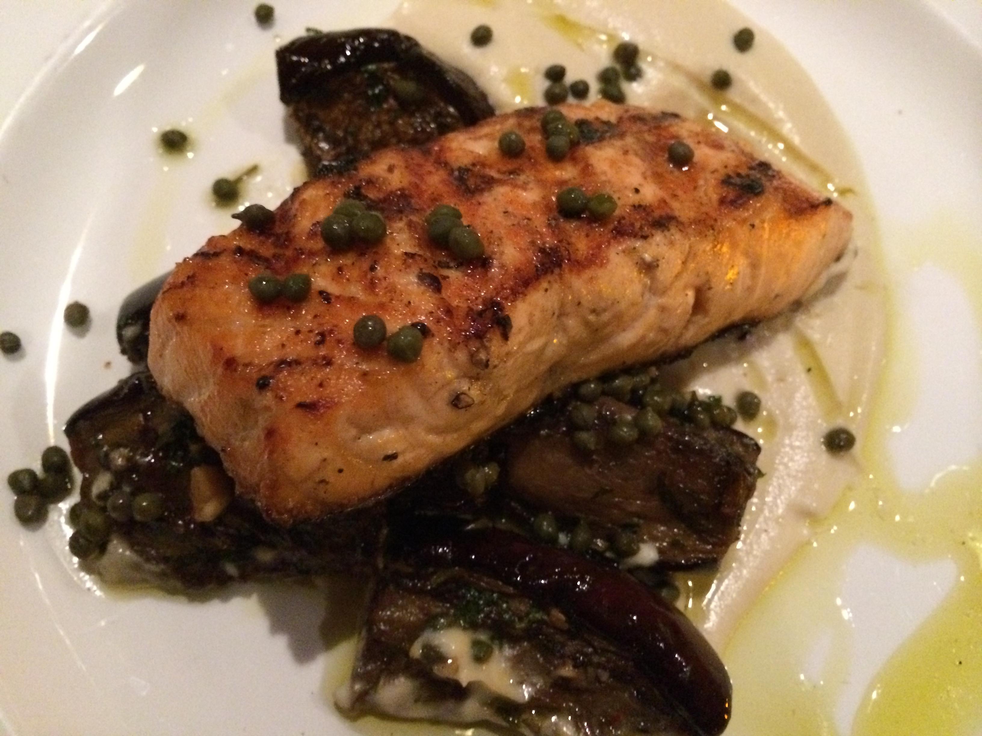 8407 Kitchen Bar salmon