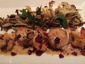 Il Pizzico sauteed shrimp and sea scallops