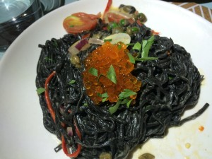 Nido squid ink pasta
