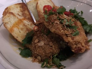 Maketto Fried chicken bread