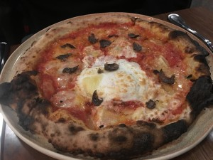 Inferno Pizzeria Napoletana pizza with egg